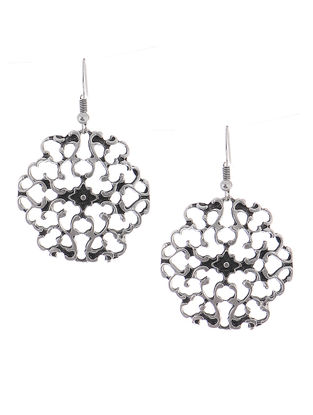 Classic Earrings with Filigree Work