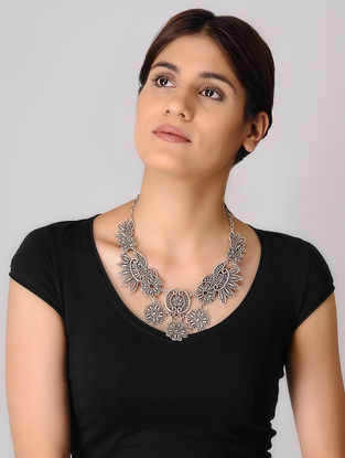 Silver-plated Necklace with Floral Design