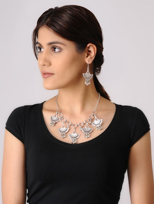 Silver-plated Necklace with a Pair of Earrings (Set of 2)