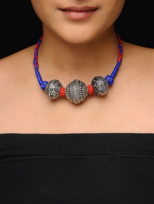 Blue-Red Thread Necklace