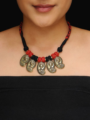 Black-Red Thread Gold Tone Necklace with Paisley Design