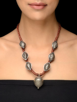 Brown Thread Vintage Silver Necklace