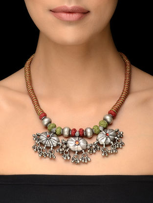 Maroon-Green Thread Vintage Silver Necklace