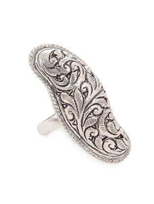 Tribal Silver Ring with Floral Motif (Ring Size -9)