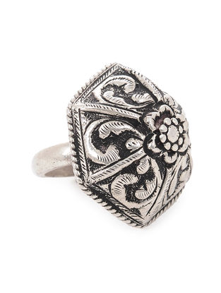 Tribal Silver Ring with Floral Motif (Ring Size -8.5)
