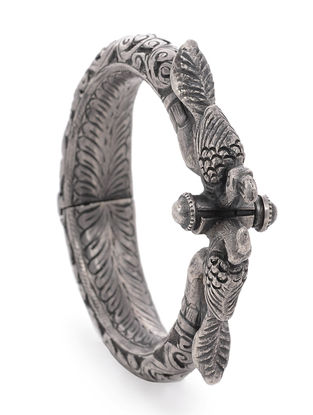 Hinged Opening Tribal Silver Bangle with Bird Design (Bangle Size -2/4)