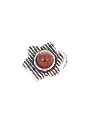 Red Silver Nose Pin