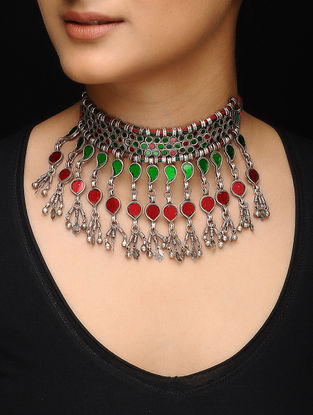 Green-Red Glass Silver Thread Necklace
