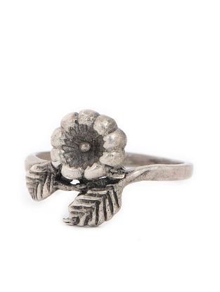 Tribal Silver Ring with Floral Design (Ring Size -9.5)