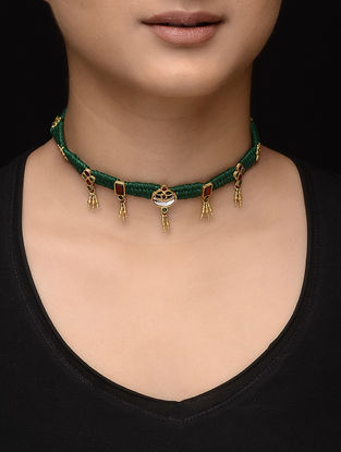 Green Thread Gold Necklace