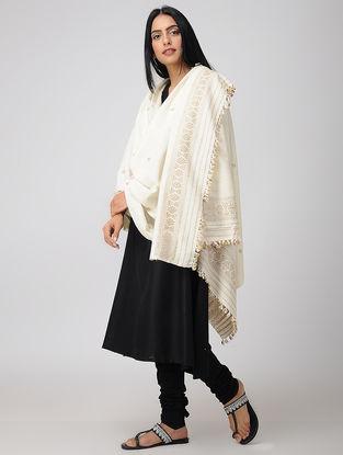 Ivory-Beige Eri Silk Shawl with Assamese Motifs and Tassels