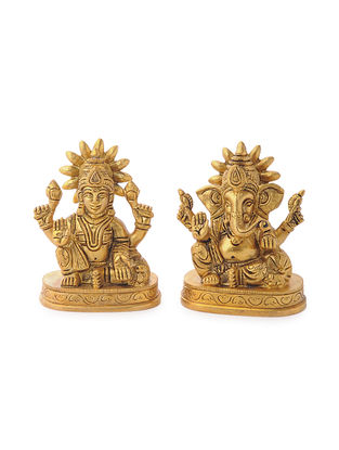 Brass Home Accent with Ganesha and Lakshmi Design (Set of 2) (L: 1.5in, W: 2.5in, H: 3in)