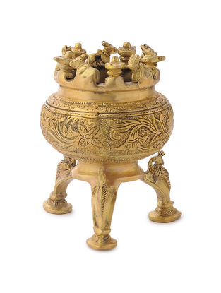 Brass Kalash Stand (Dia - 3in, W: 3in, H: 5.1in)