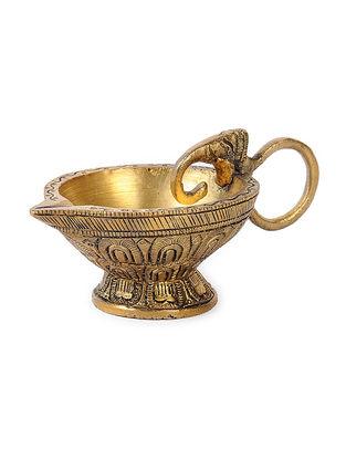 Brass Diya (L:4in, W:2.2in, H:1.5in)