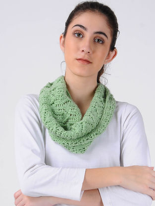 Green Hand Knitted Wool Cowl