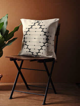 White-Black Hand Woven Cotton Cushion Cover (18in x 18in)