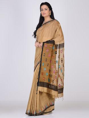 Beige-Multicolor Matka Silk Saree with Jamdani Palla