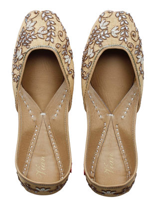 Gul-E-Bahaar Hand-embroidered Golden Silk and Leather Juttis