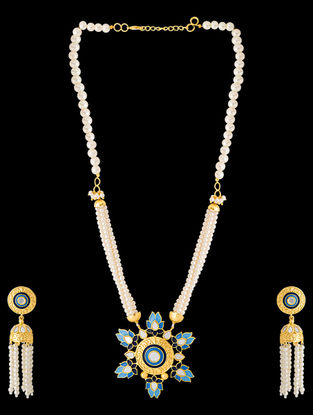 Blue Gold Tone Enameled Pearl Beaded Necklace with a Pair of Earrings (Set of 2)