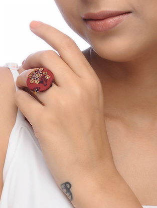 Maroon Embroidered Ring with Sequins