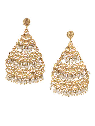 Shadow of Soul Gold-plated Brass Earrings with Pearls