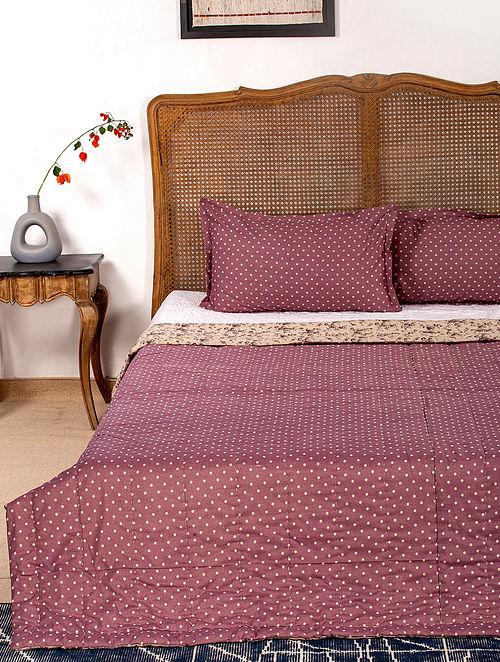 Contrast Living Lorance Reversible Cotton Rotary Printed Double Bed Quilt with 2 Pillow Covers