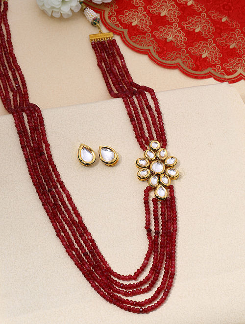 Maroon Gold Tone Kundan Beaded Necklace With Onyx
