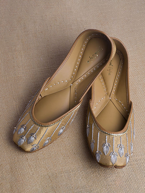 Gold Handcrafted Banarasi Juttis