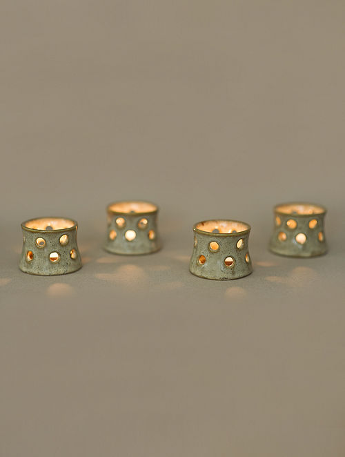 Pearl Clay Tea Light Holders (D-2.5in, H-1.75in) (Set Of 4)