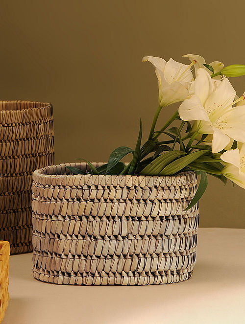 Palm Leaf Handcrafted Wood  Basket (L-9.5in, W-6.5in, H-6.5in)