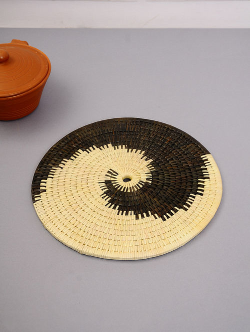 Palm Leaf Handcrafted Black Wall plates(L-14in, W-14in)