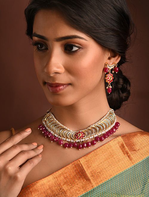 Red Gold Tone Kundan Necklace And Earrings With Pearls