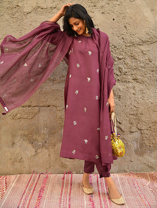 ASHANH - Maroon Embroidered Linen Kurta with Bead Work