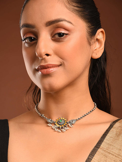Temple Silver Choker Necklace With Freshwater Pearls