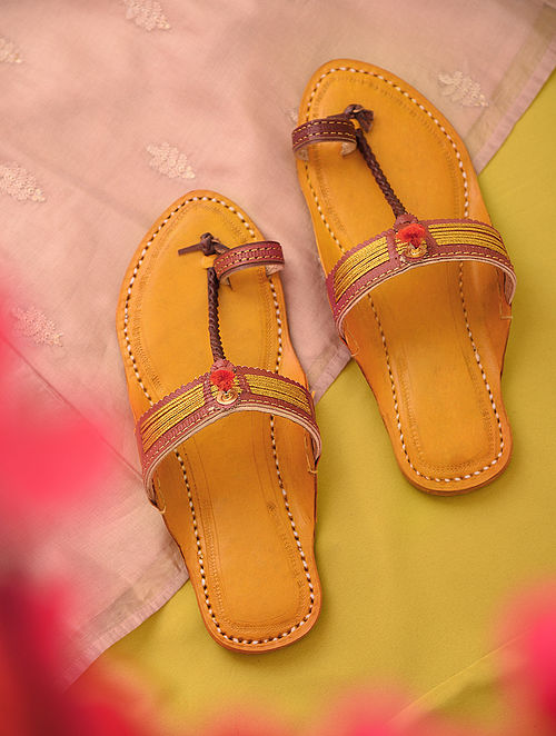 Maroon Yellow Handcrafted Genuine Leather Kolhapuri Flats