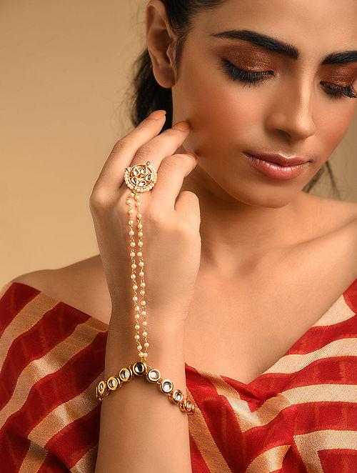 Gold Plated Kundan Haathphool With Pearls