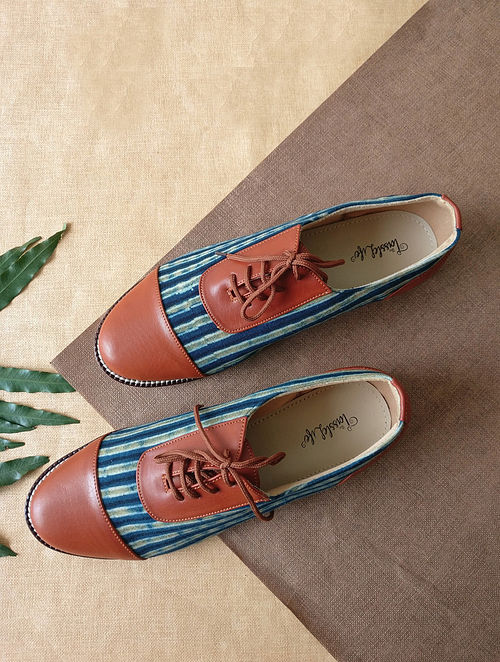 Blue Handcrafted Printed Faux Leather Shoes