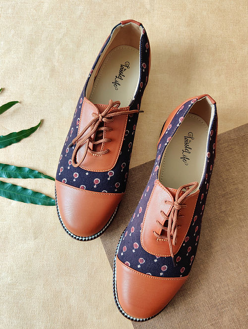 Purple Handcrafted Printed Faux Leather Shoes