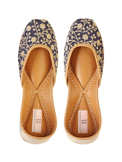 Blue Handcrafted Genuine Leather Juttis