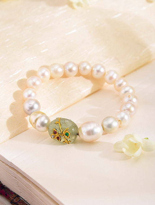 South Sea Pearl Bracelet with Emerald