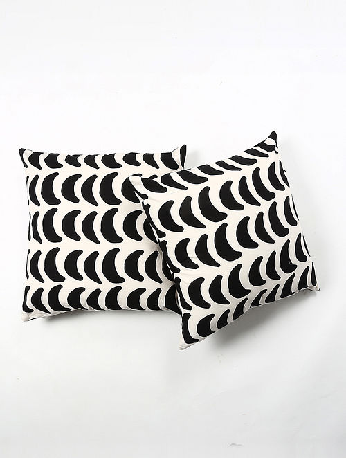 Contrast Living Kaliki Cotton Printed Cushion Covers (Set of 2) (20in x 20in)