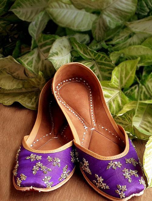 Purple Handcrafted Cotton Leather Juttis