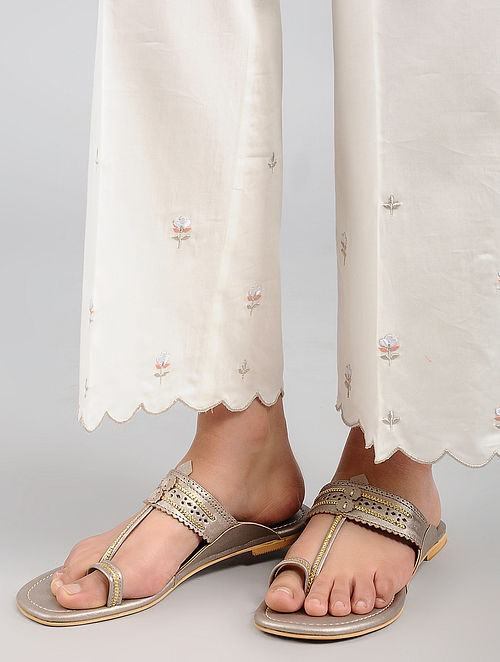 Champagne Handcrafted Kolhapuri Flats