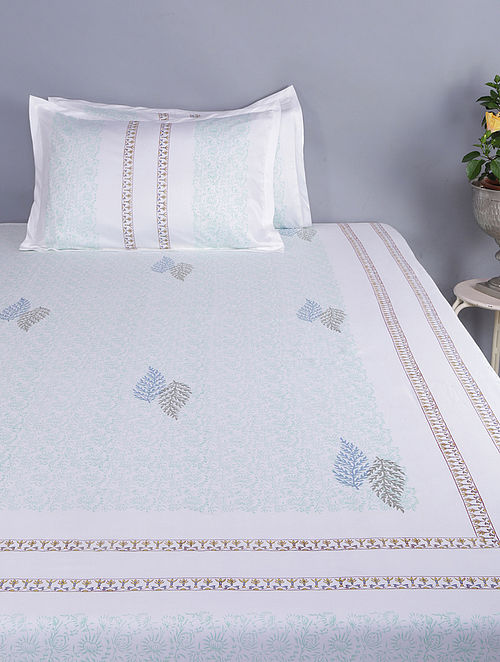 White-Green Block-printed Glace Cotton Double Bedsheet with Pillow Covers (Set of 3) (110in x 100in)