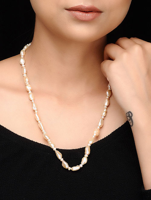 White Baroque Pearl Beaded Necklace