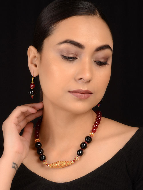 Black-Maroon Gold Tone Necklace with Earrings (Set of 2)