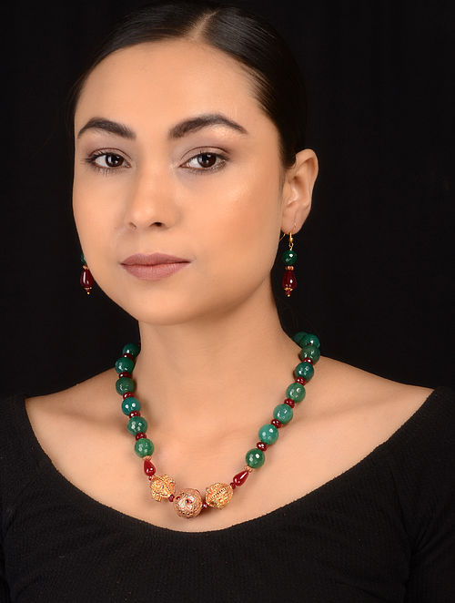 Green-Maroon Gold Tone Necklace with Earrings (Set of 2)