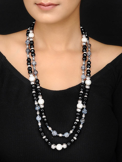 Agate and Shell Pearl Beaded Necklace