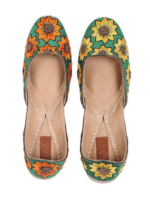 24e906c39b5 Green-Multicolored Hand-Embroidered Cotton Silk Juttis with Threadwork
