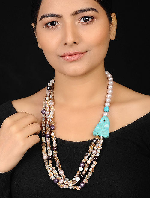 Multicolored Mother of Pearl Necklace